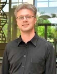 Roland Herzog, Ph.D., NIH Perfect 10 Recipient