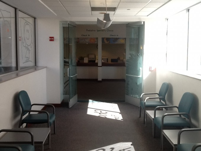 before-entrance-medical-plaza-right