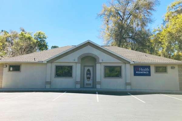 Front og Oakhurst location building